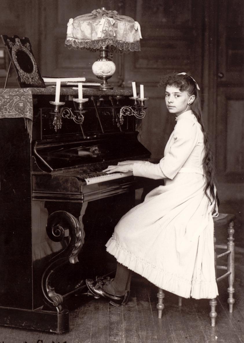 elizabeta-od-trojstva-za-klavirom
