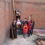 djeca na gradilistu kapele
