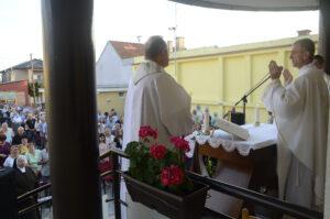 Mons. Ivan Ćurić u Karmelu BSI u Slavonskom Brodu